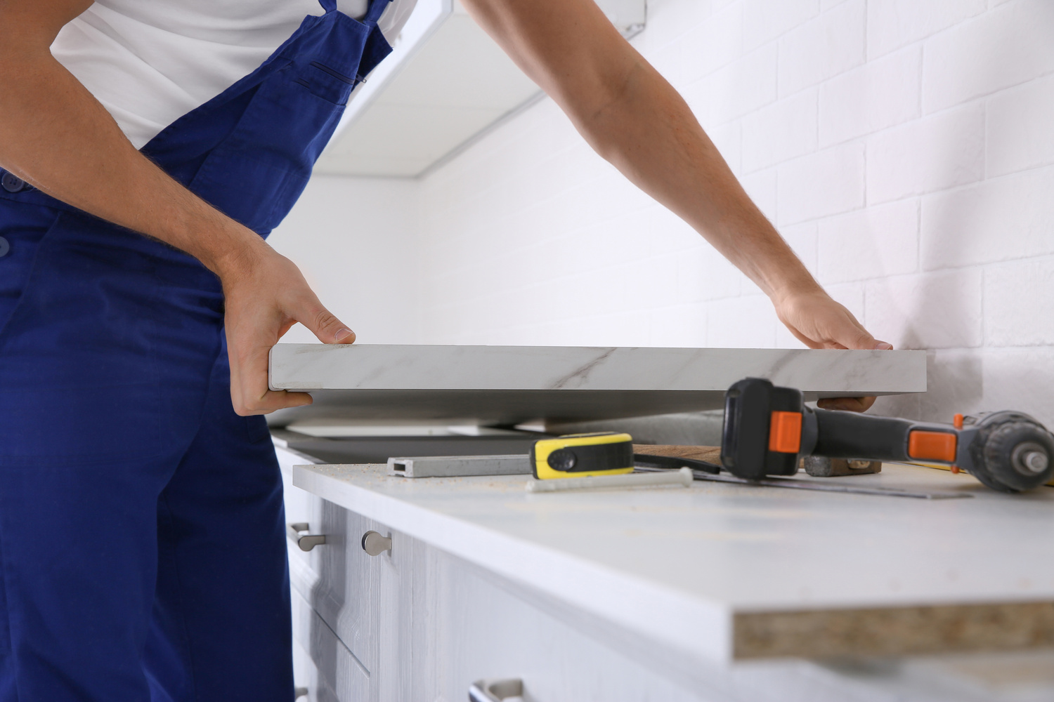 Signs that you should consider countertops replacement